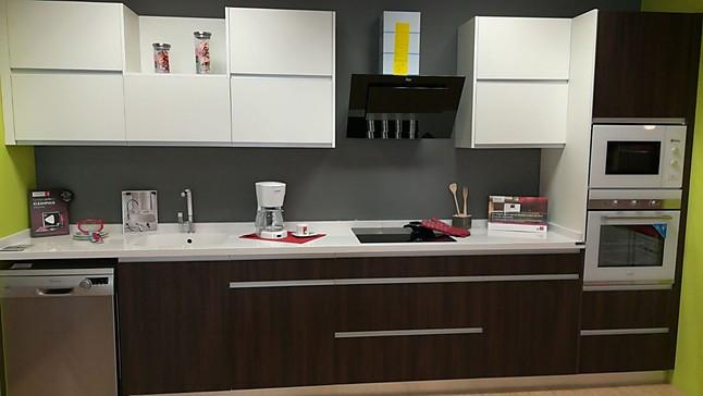 Otra cocina de exposici n cocina de exposici n de la firma for Ofertas cocinas de exposicion