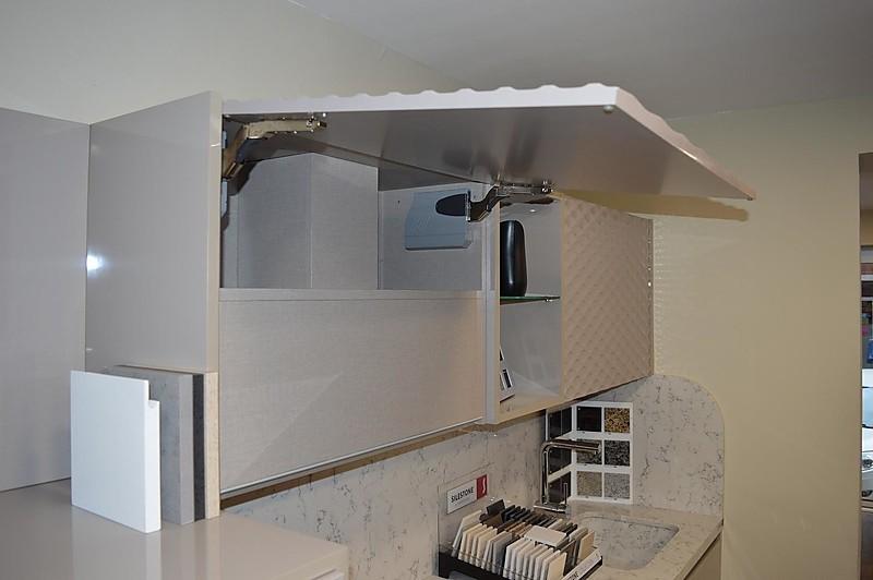 otra musterk che master cocina ausstellungsk che in tarragona von mb interiors. Black Bedroom Furniture Sets. Home Design Ideas