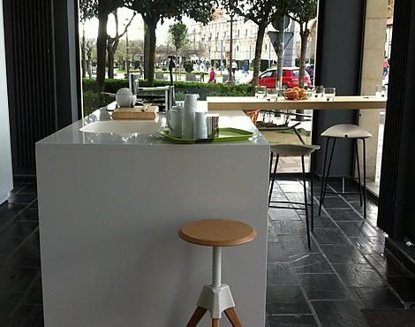Bolsa de cocinas de exposici n cocinas de lujo de exposici n for Liquidacion de muebles de cocina de exposicion