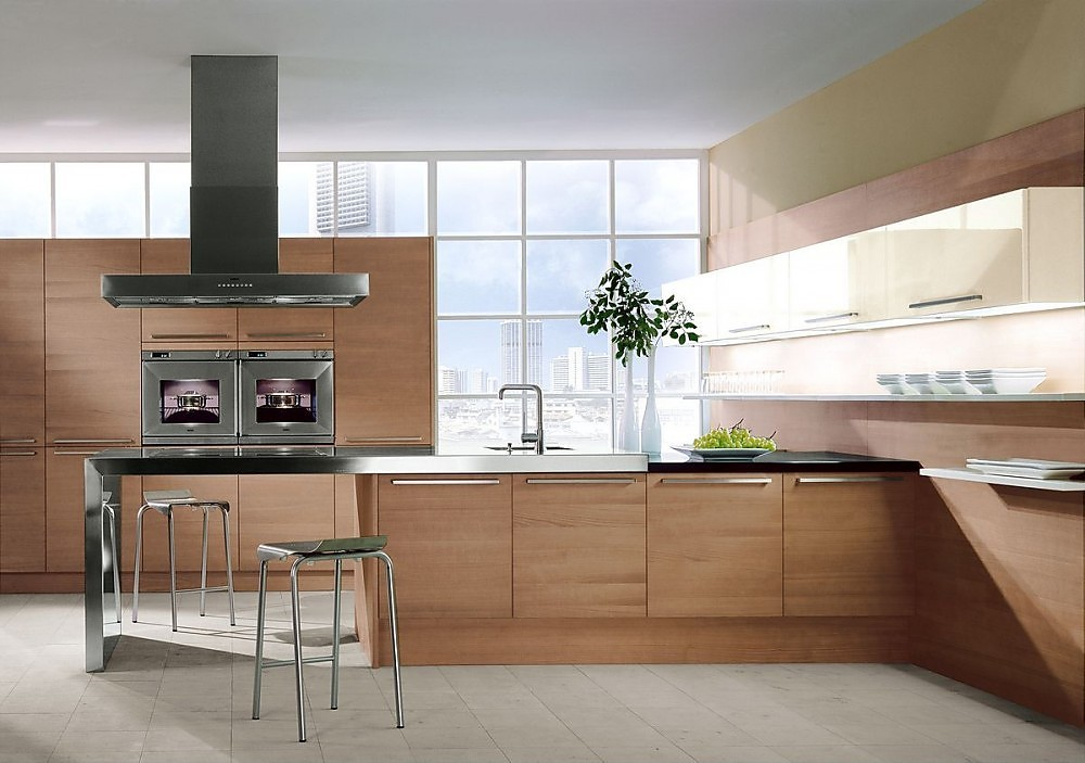 Cocina americana con armario de columna con for Cocinas completas con electrodomesticos