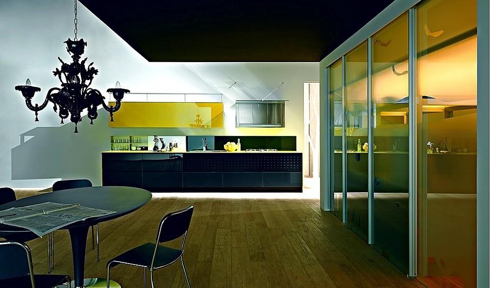 Cocina de diseño Riciclantica Vetro en negro y amarillo alto brillo