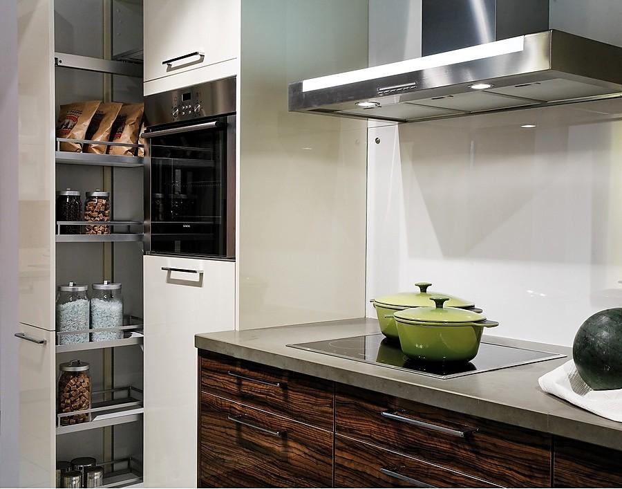 E k boxes cocina en l nea en blanco y madera de olivo con for Planificador cocinas gratis