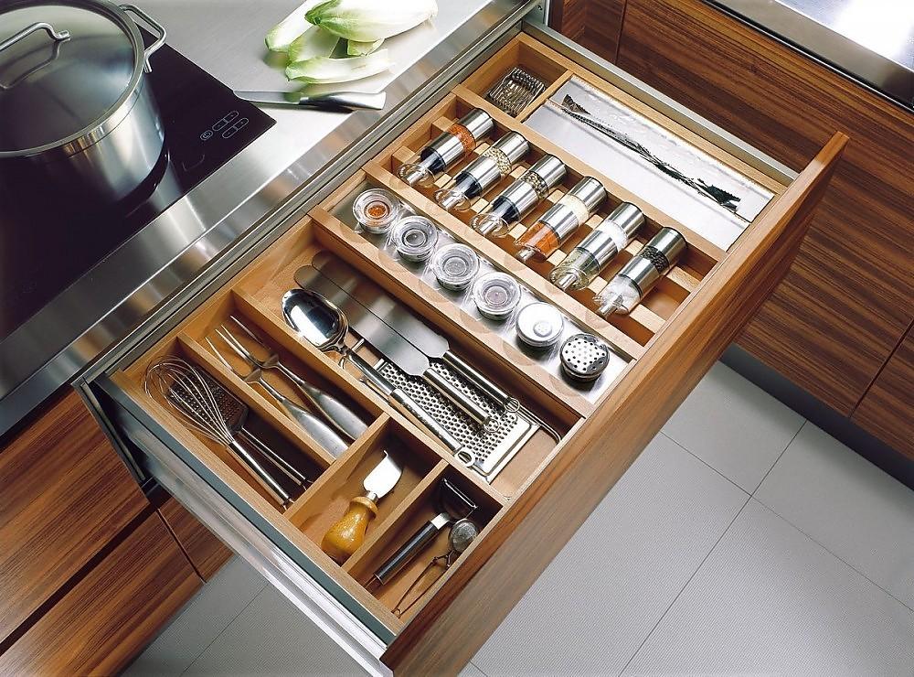 Caj n de madera de teak con equipamiento interior para for Separadores cajones cocina