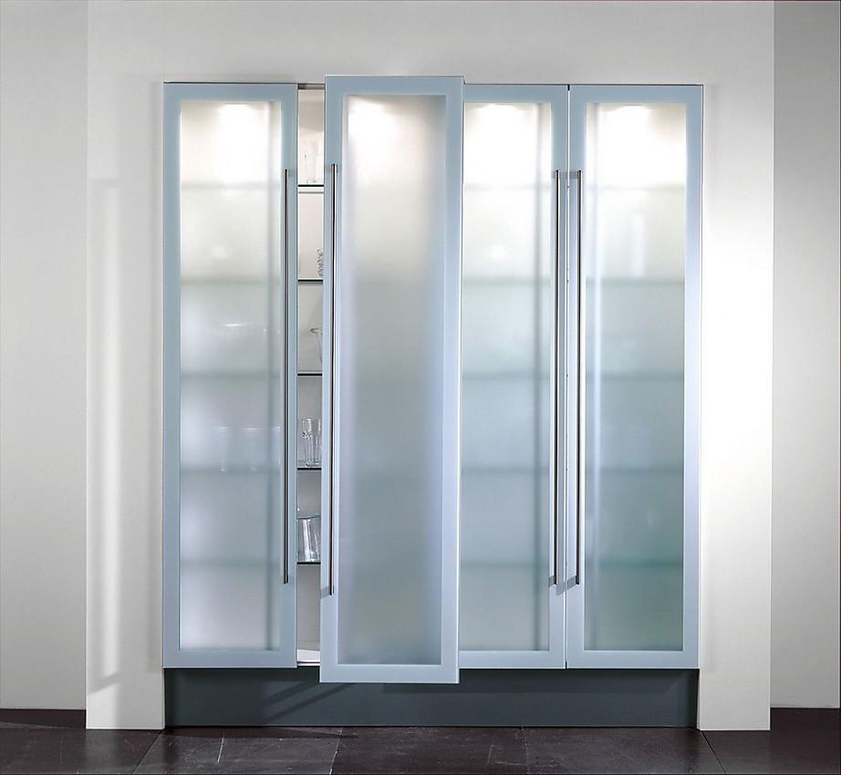 Amario columna de vitrina con puertas correderas de - Cristales para puertas de cocina ...
