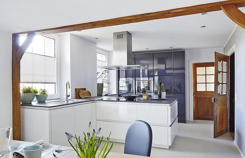 Cocina en blanco alto brillo zerox sin tirador - Cocinas blanco brillo ...