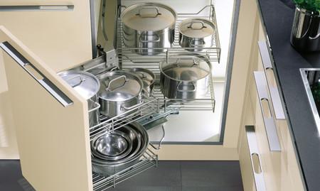 Armarios de cocinas lista de los diferentes tipos de armarios for Muebles de cocina 25 cm