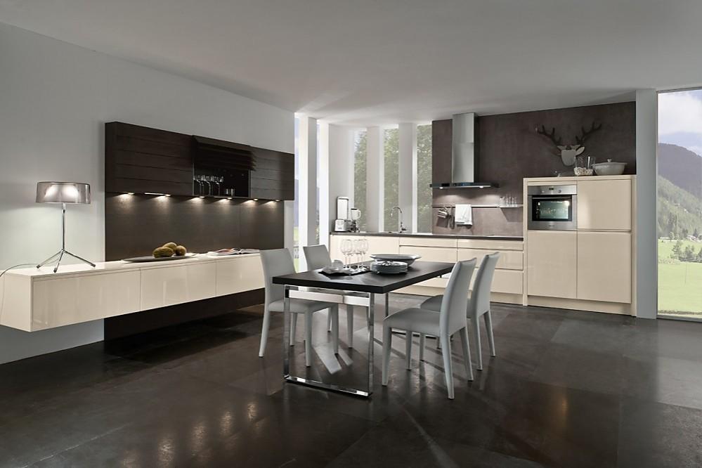 Moderna cocina en madera de acacia con encimera gris - Cocinas con encimeras de madera ...