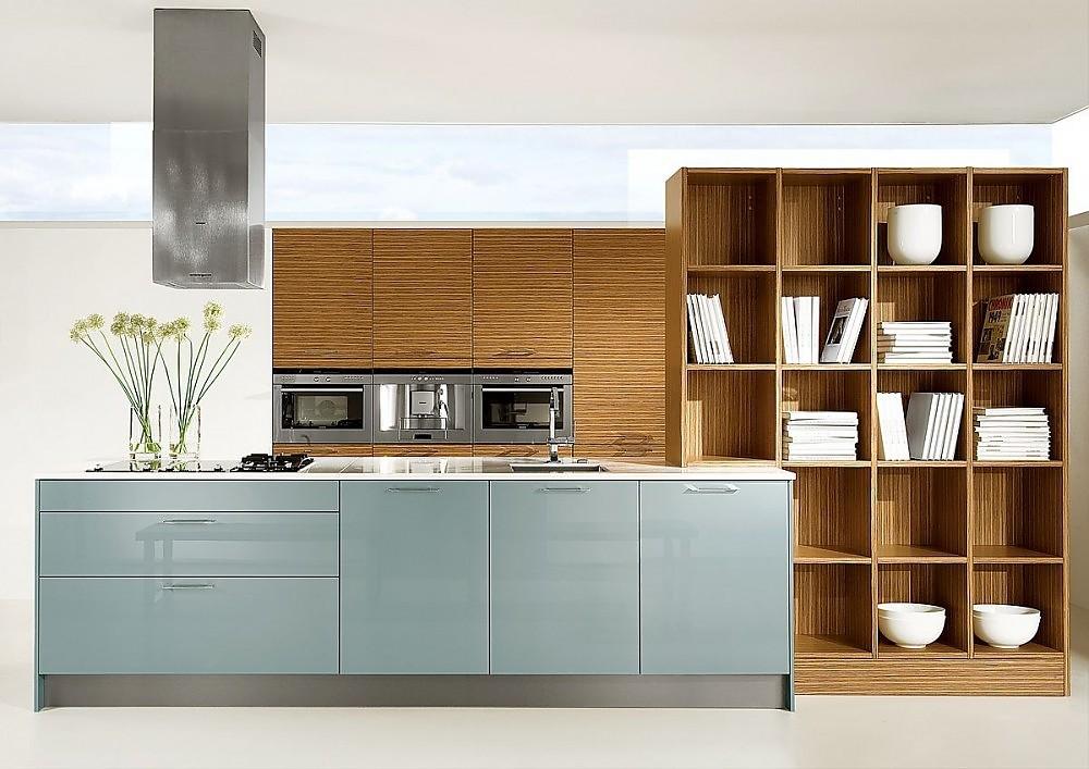 Isla de cocina con armarios columnas con electrodom sticos - Armarios de cocina ...
