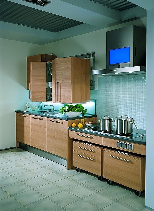 Cocina sin barrera en madera clara - Cocinas madera clara ...