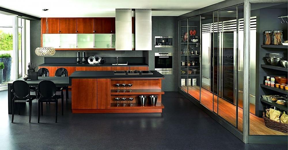 Isla de cocina en madera de cerezo y gris oscuro for Cocina de madera gris oscuro