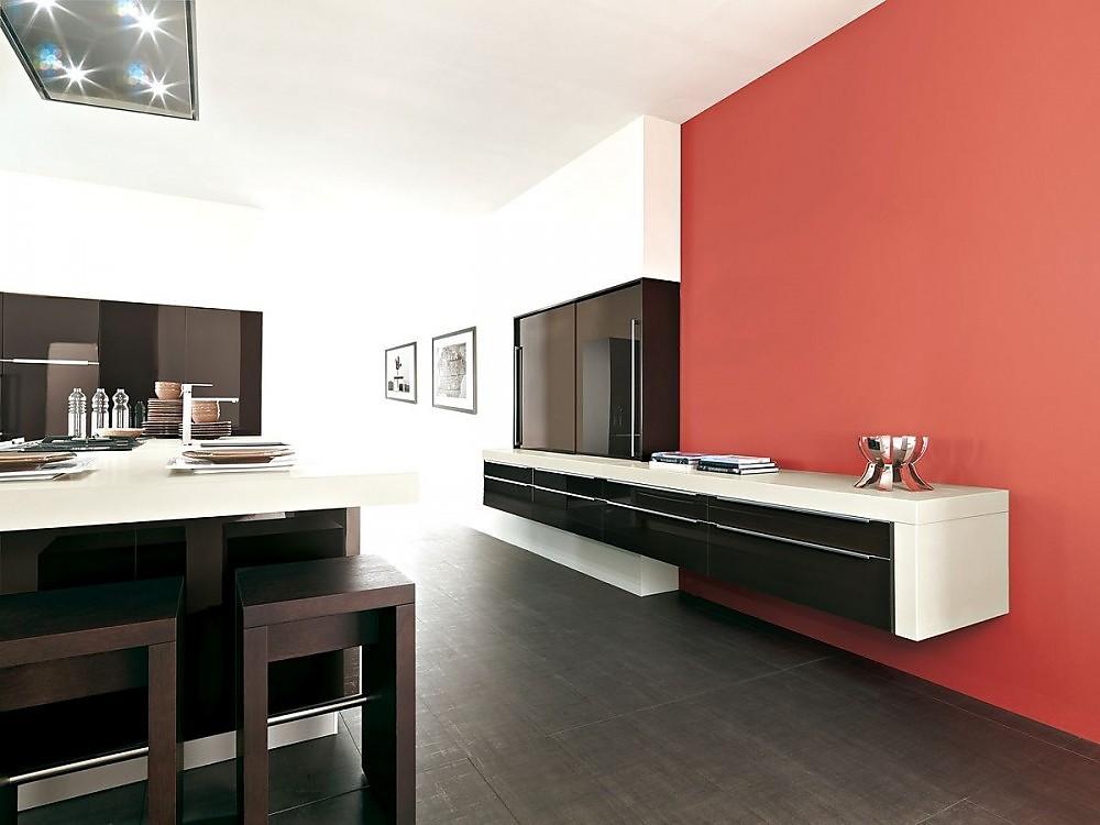 Isla de cocina con armarios de pared en blanco y marrón sepia alto ...