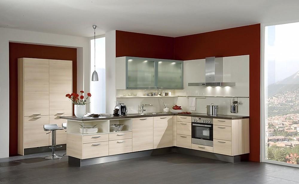 Cocina en l en madera clara de acacia con barra para comer for Barra cocina madera