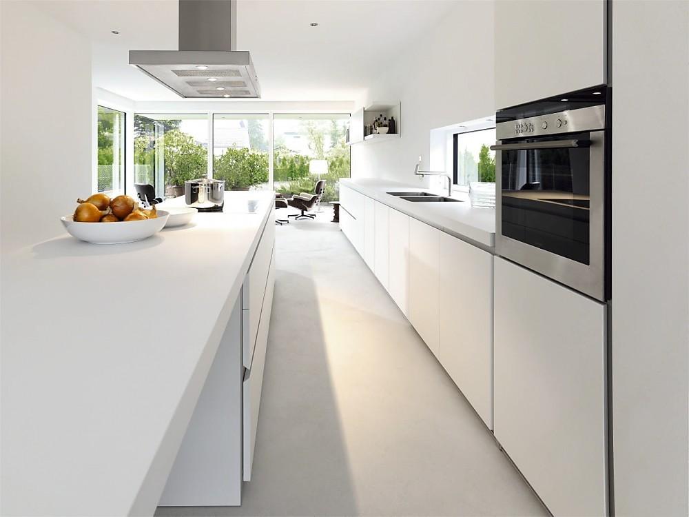 Cocina blanca de dise o de la serie b1 con isla y barra for Diseno y cocina